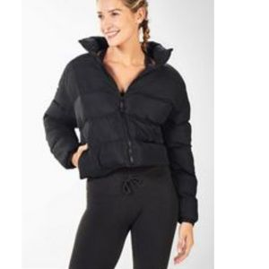 Fabletics Wander Cropped Puffer